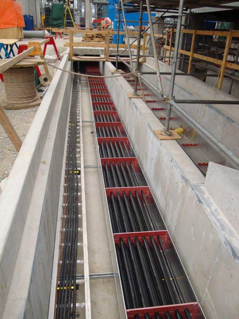 kábelcsatorna ásás és vezeték kábel fektetés